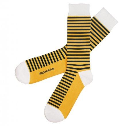 striped-socks-bzz-bzz-presentation