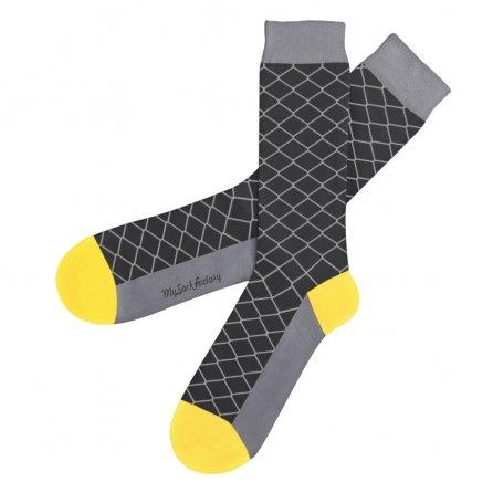 chaussettes-grises-motifs-geometriques-sock-club